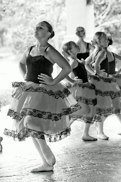 livie_dance_071314_03.jpg