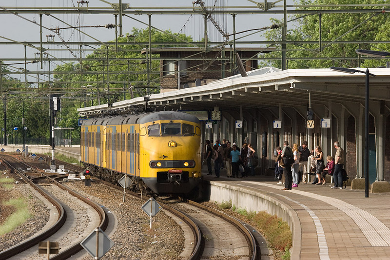 These two vintage Plan Vs run as a Stoptrein (all stops train) to Heerlen. There is a good crowd in attendance on the platform at Sittard.