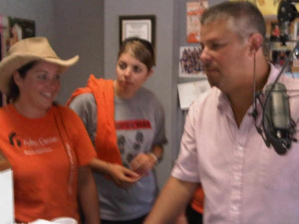 09 08 Kristina Farrow & Emily Hunter with Steve Smoot on WCJM. Bill Scott