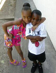 . Amara York, 7, and brother Antoine York, 4, of Oakland, are pictured in an undated photo on Saturday, July 20, 2013, in Oakland, Calif. They were shot and wounded on July 17 and Amara\'s best friend Alaysha Carradine, 8, was shot and killed. (Photo courtesy of Brea Colbert)