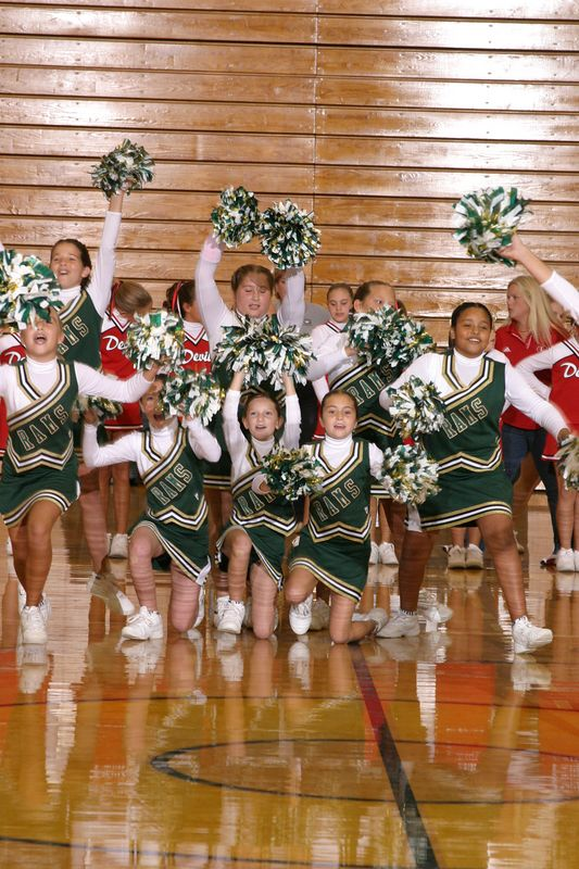 Grayson East (Cheer-off 5th grade 10-3-04)