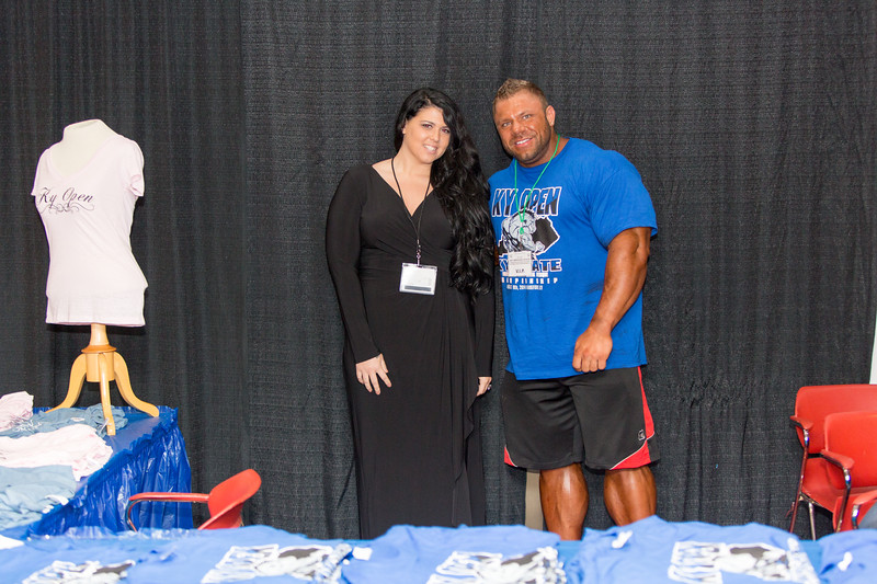 IFBB PRO Justin and Fans