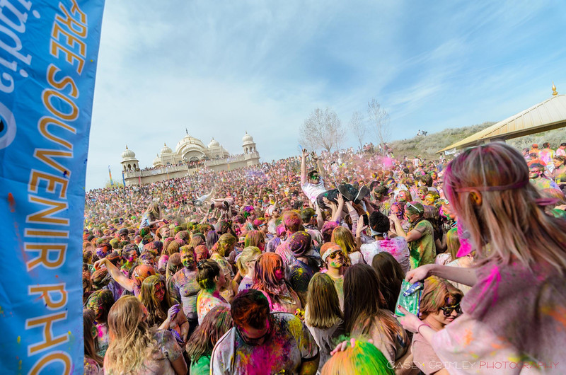 Festival-of-colors-20140329-191.jpg