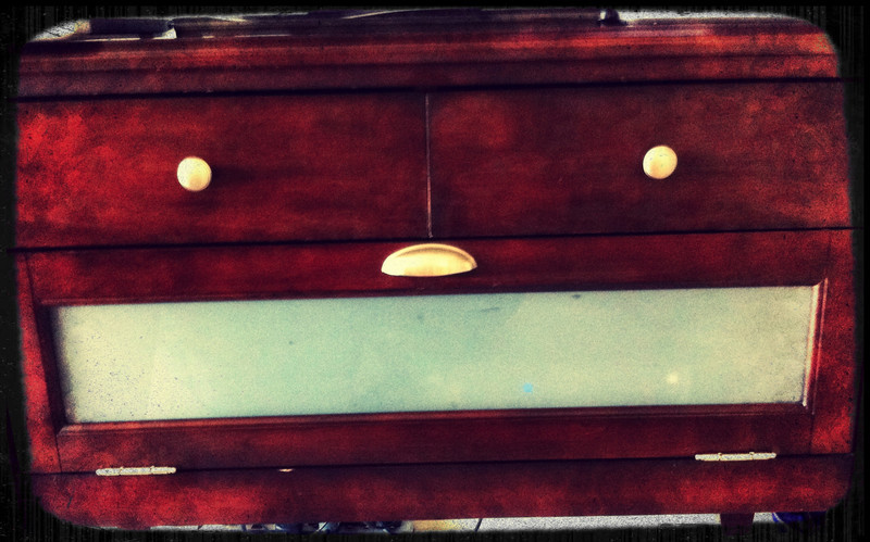 The Very Happy Drawer (iPhoneography)