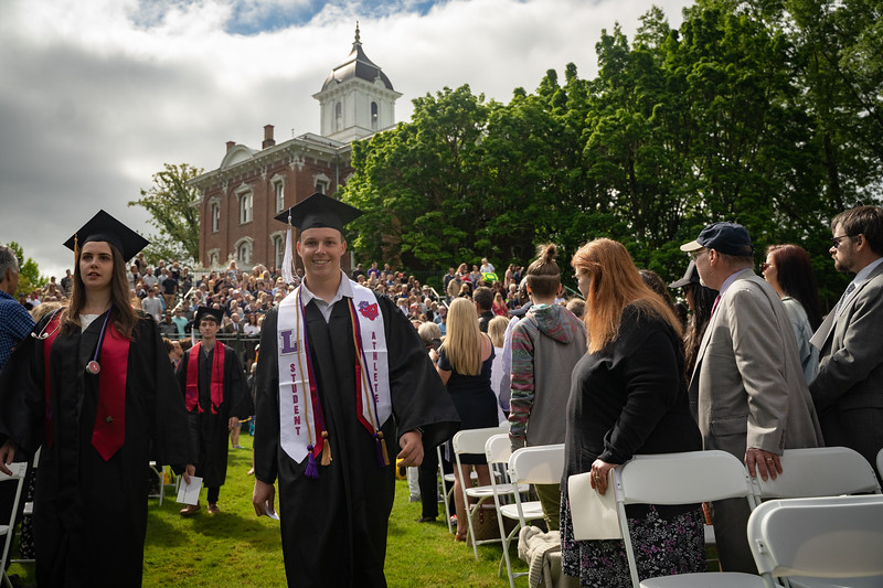 1905_26_graduation_pickhardt-05000.jpg