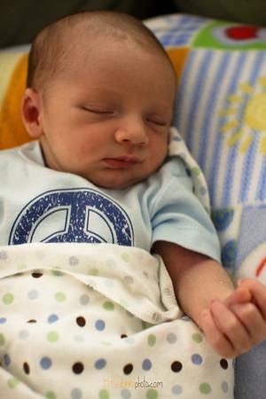 Baby Jonah-7.17.09-2 weeks