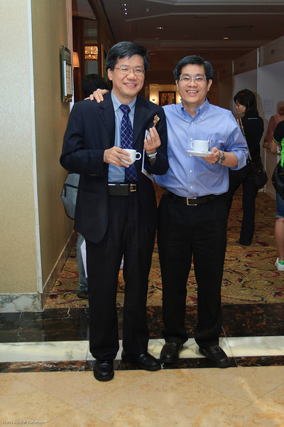 Dr Ng Soo Chin and Dr Saw Ming Hong