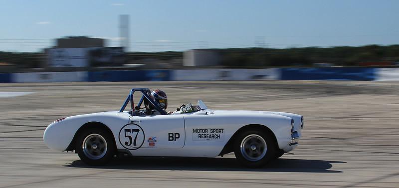 HSR-SebClassic-12-3-16_0016-#57-Corvette.jpg