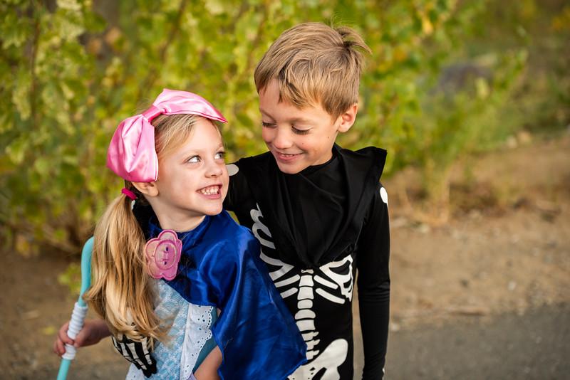 Colton and Paisley Halloween 2019-9163.jpg