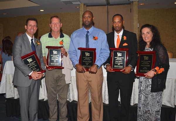 2017_Hall-of-Fame_ &_Student-Athlete-Awards