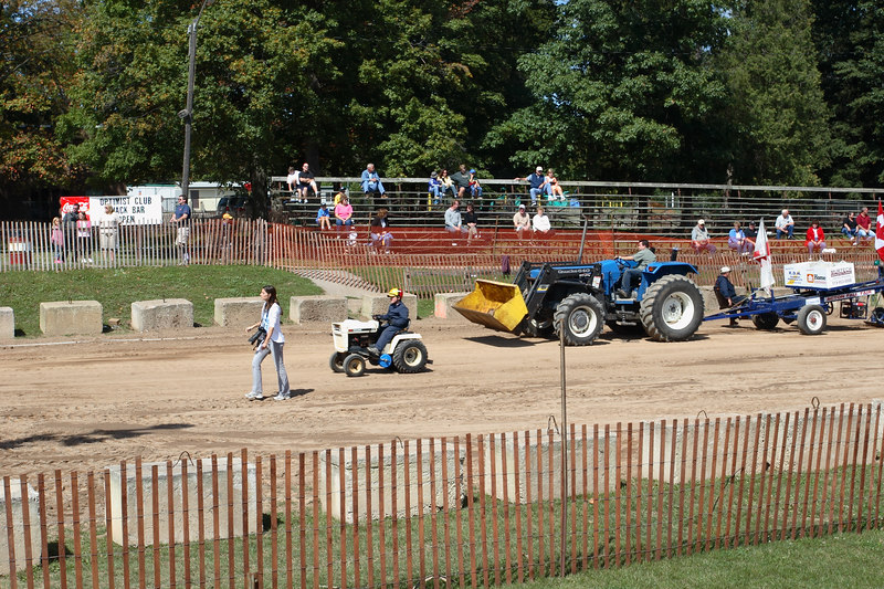 Lawn Tractor Pull