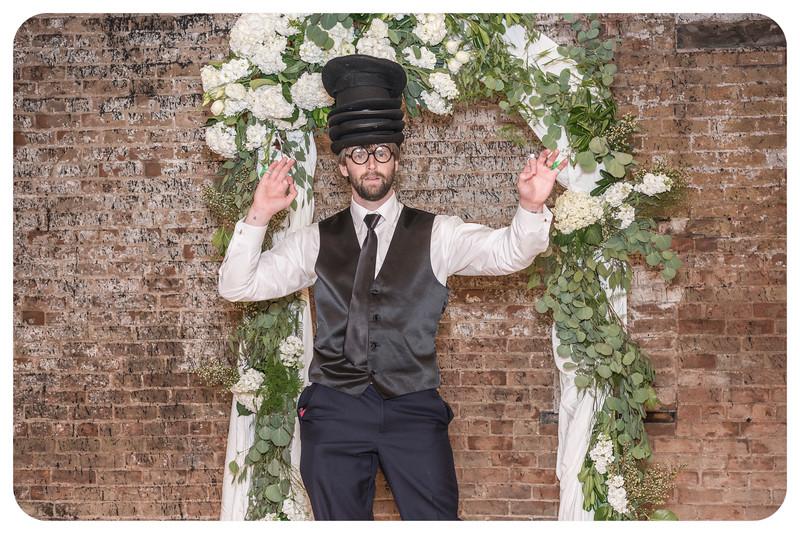Laren&Bob-Wedding-Photobooth-210.jpg