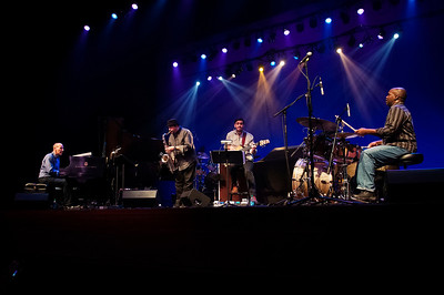 Yellow Jackets & Spyro Gyro @ The Knight Theater 12-14-13 by Jon Strayhorn