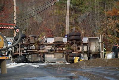 Central Islip F.D. MVA w/ Overturned Oil Tanker Rt.111 and Motor Pkwy. 11/10/10