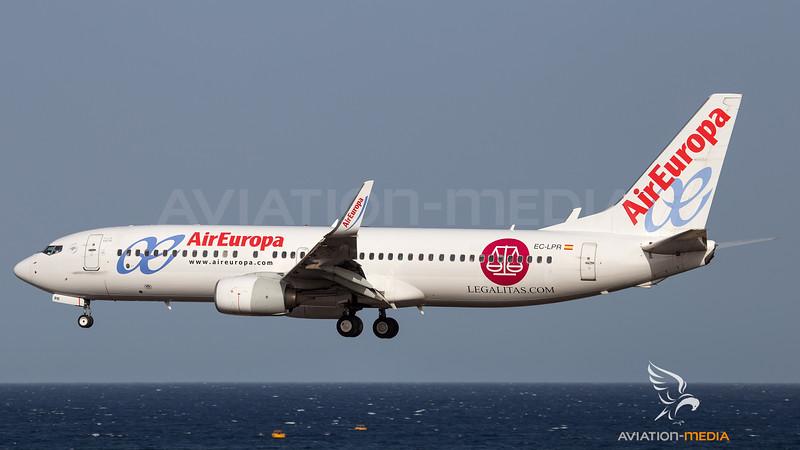 Air Europa_B738_EC-LPR_Legalitas cs_ACE_20160805_approach_sun_MG_0854_AM.jpg
