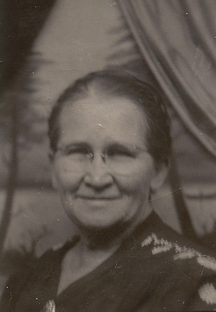 """Mary Hankee.  Grandma Dodrill's sister, also known as """"Aunt Molly""""."""
