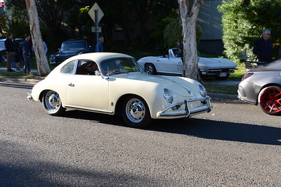 Cars & Coffee, Brisbane. Saturday 5 August 2017. Photos by Des Thureson - http://disci.smugmug.com