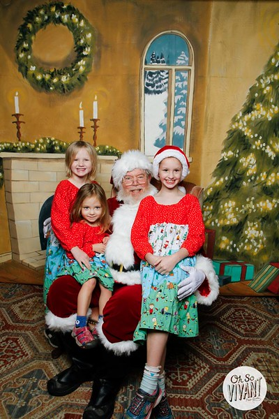 Pictures with Santa @Earthbound 12.1.2018-056.jpg