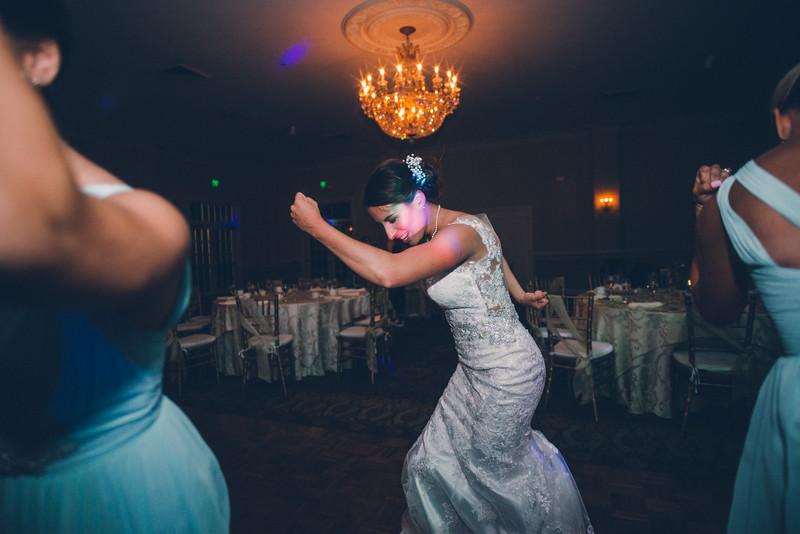 Philadelphia Wedding Photographer - Bernreuther-789.jpg