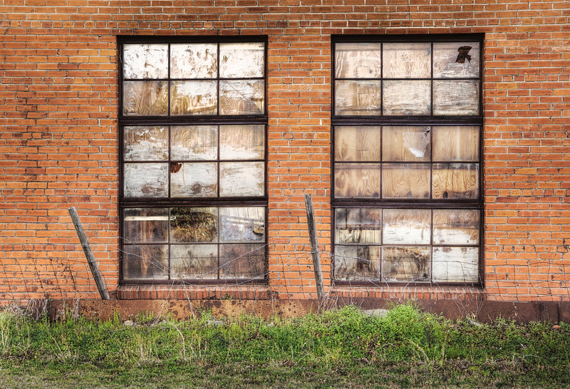2009-03-07 color next door shop window hdr revised.jpg