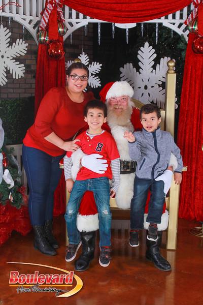 Santa 12-10-16-135.jpg