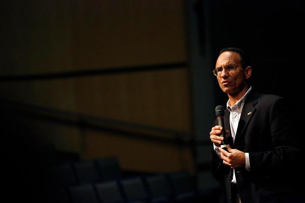 Israeli Consul General Speaks at Lenox High School-081115