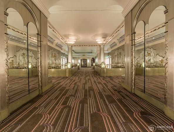 Sheraton-Grand-London-Park-Lane-Hotel-Silver-Gallery.jpg