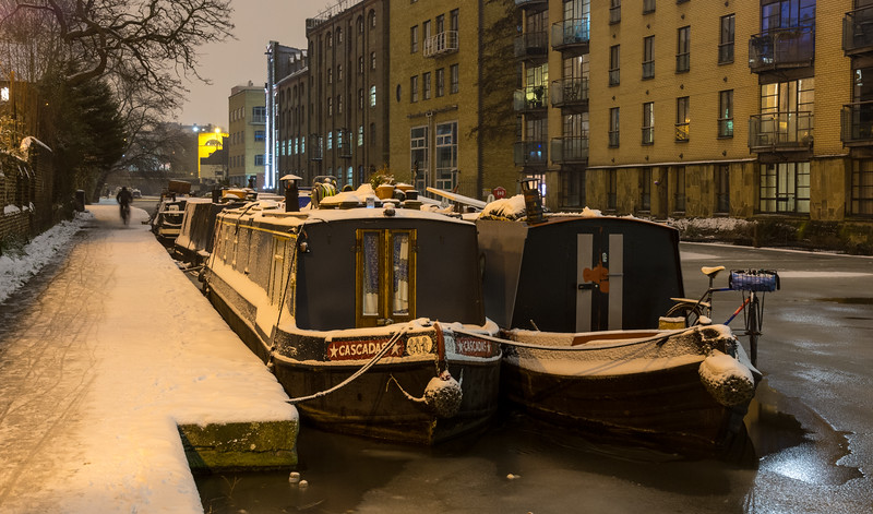 Snow on the Regents Canal