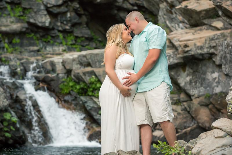 2017-07-22 Chris and Elisa Maternity