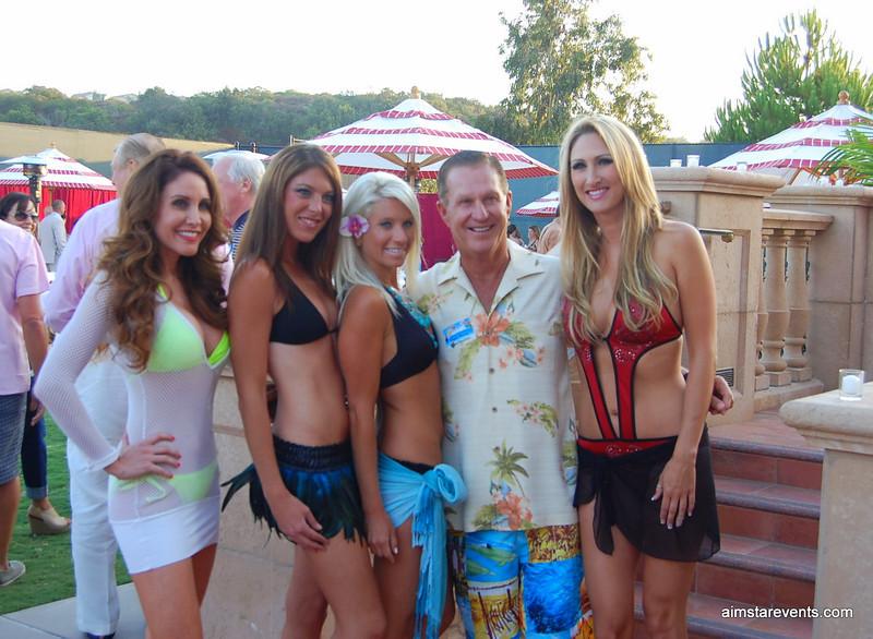Pappa Doug & The ATeam Girls.JPG
