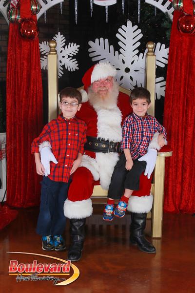 Santa 12-17-16-375.jpg