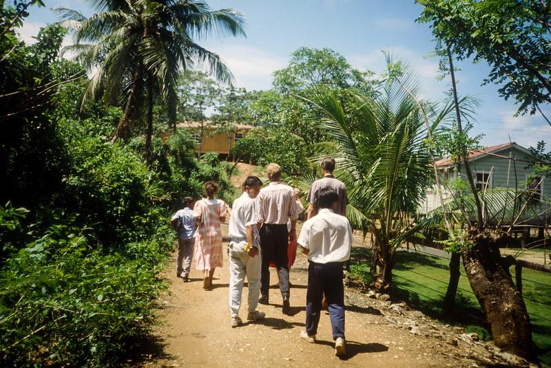 1989 Roatan Honduras Mission Trip-0009.jpg