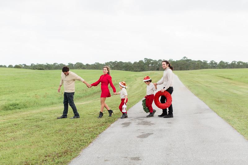 Augustin Family Holiday 2020-9.jpg