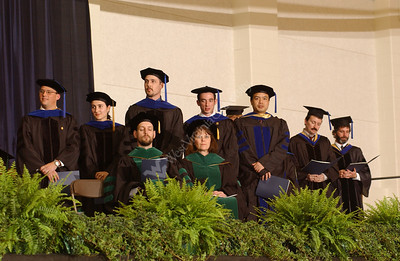 22184 Candids at School of Medicine commencement
