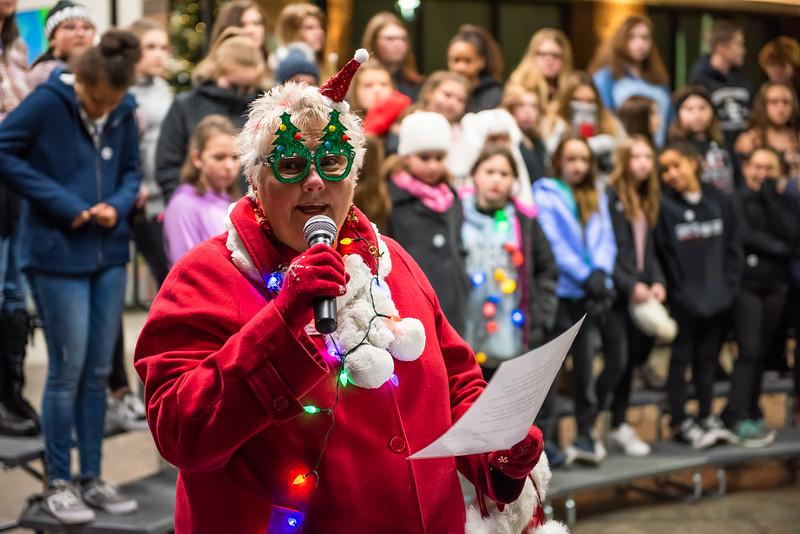 tree lighting lo res-38.jpg
