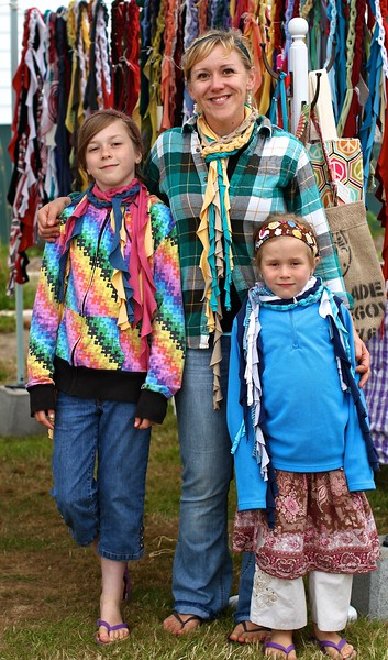http://barefootsurfboutique.com A FUN IMPROMPTU PHOTO SHOOT FEATURING JUANITA AND HER 3 BEAUTIFUL CHILDREN, MODELING THE FAMILY BIZ SCARVES