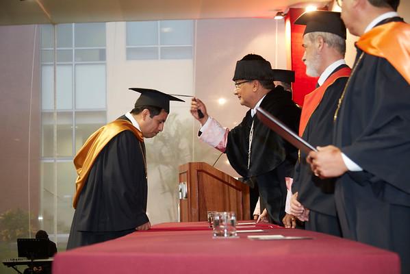 Birretes y Diplomas
