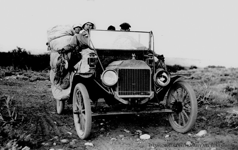 WF1913-Lemoyne, Ida Belle, Lottie Delor in car.jpg