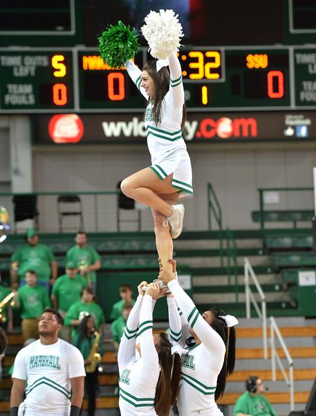 cheerleaders2307.jpg