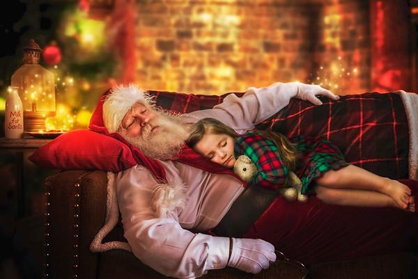 Harper Sleeping 2019 Christmas