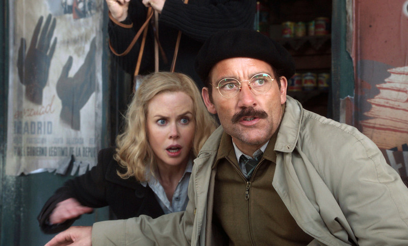 ". In this image released by HBO, Nicole Kidman, left, and Clive Owen are shown in a scene from the HBO film, ""Hemingway & Gellhorn.\""  Owen was nominated Thursday, Dec. 13, 2012 for best actor in a TV movie for his role in the film. The 70th annual Golden Globe Awards will be held on Jan. 13. (AP Photo/HBO)"