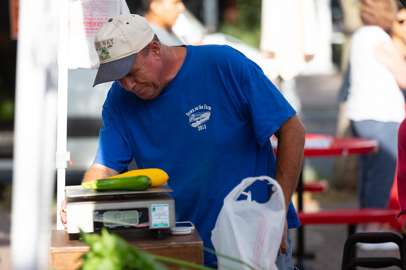 Del Ray Farmers Market 043.jpg