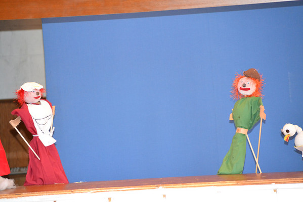 Jack and theBeanstalk puppet show