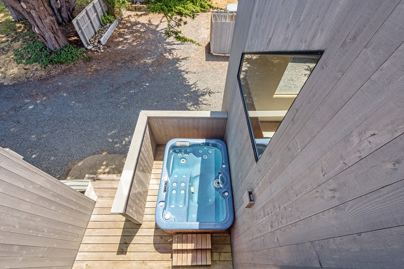 Hot Tub from Loft