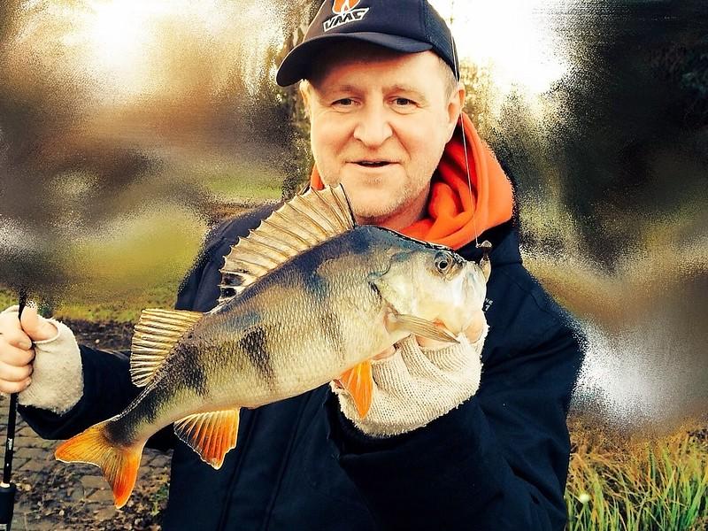 photo-Richard-Ruhnke-Germany-VMC-Street-fishing-team.jpg