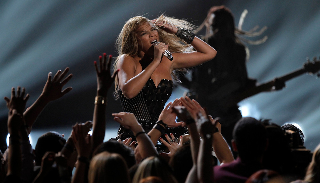 . Beyonce performs at the Grammy Awards on Sunday, Jan. 31, 2010, in Los Angeles.  (AP Photo/Matt Sayles)