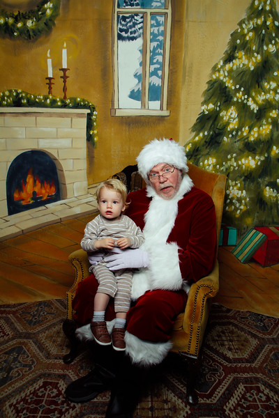 Pictures with Santa Earthbound 12.2.2017-097.jpg