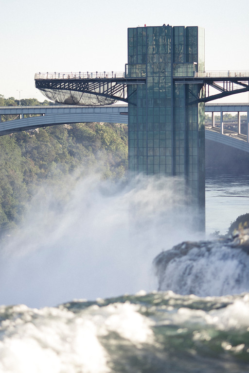 alexandergardner-Niagara-20110823-34
