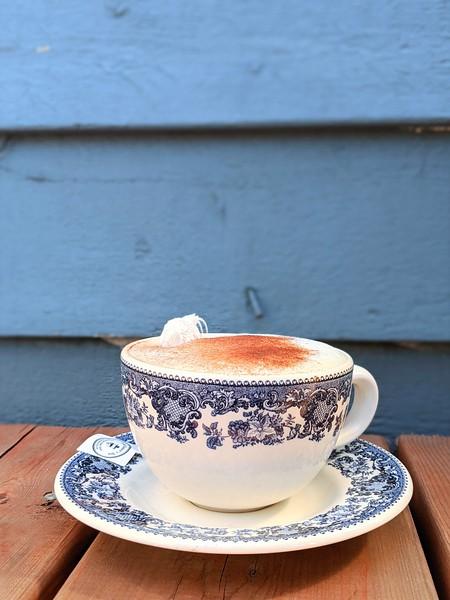 evergreen cafe souris latte.jpg
