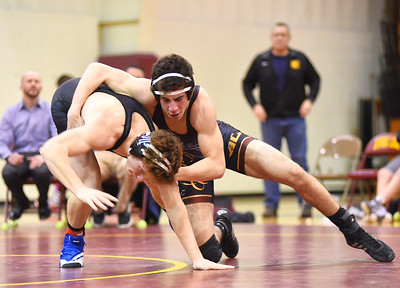 Midview stays unbeaten in SWC with win over Avon Lake